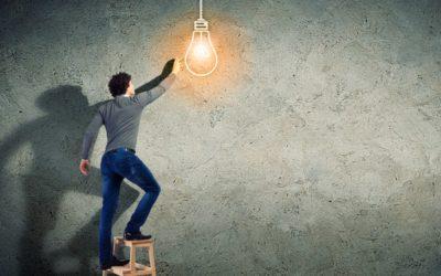 Quels sont les défis et les freins pour le déploiement des projets logiciels structurants dans les organisations ?
